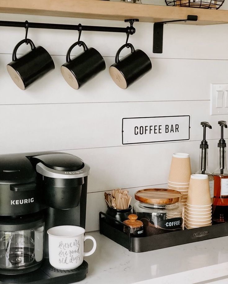 How To: Create The Perfect Coffee Bar At Home! with @thecozyfarmhouse Coffee Bar Station, Coffee Station Kitchen, Tea Station, Coffee Bars In Kitchen, Coffee Bar Home, Home Coffee Stations, Coffee Bar Ideas, Coffee Shop Bar, Coffee Counter