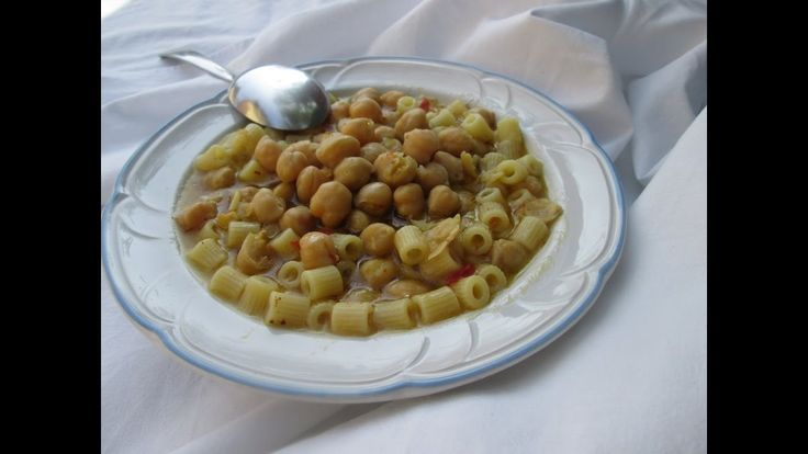 Macarrão com grão de bico - RECEITA ITALIANA