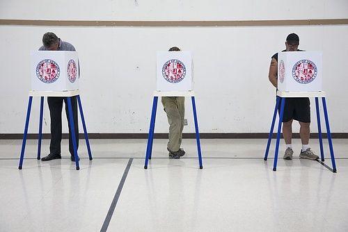 Los Angeles Election Chief Dismissive of Ballot Shortage Concerns for Hillary Clinton vs. Bernie Sanders California Election Contest