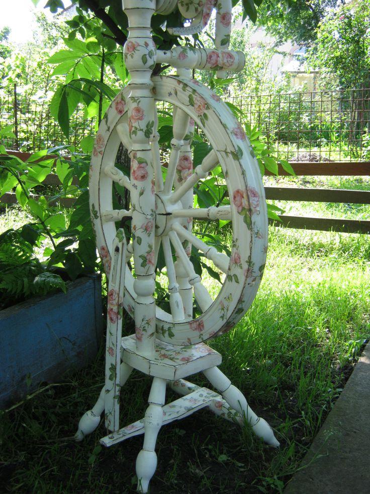 spinning wheel. handmade.  restoration. старинная прялка by ElenShudra on Etsy