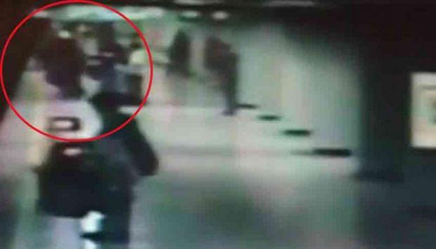 Esquizofrénico sujeto que lanzó a mujer a vías de metro - Periódico Zócalo