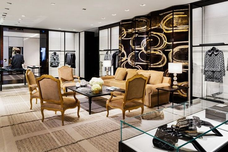 Best Interior Design Projects By Peter Marino  READ MORE at http://losangeleshomes.eu/hollywood-style/best-interior-design-projects-by-peter-marino/  #LosAngelesHomes #LuxuryHomes #ModernInteriorDesign #BestProjects #PeterMarino