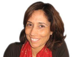 Maria Manuel Frois - Tem uma experiência com mais de 20 anos. Iniciou a sua carreira numa grande multinacional, trabalhando em projectos de marketing. Nos últimos 16 anos, desenvolveu a sua actividade na área da melhoria do desempenho dos recursos humanos nas organizações tendo tido funções de consultora, comercial, coach e directora.