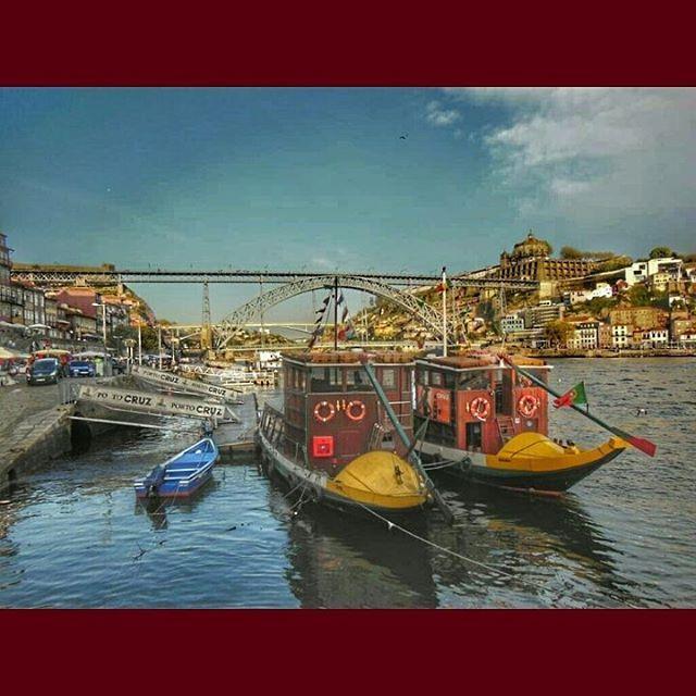 ¿Os apetece un recorrido por #Oporto en barco? http://bit.ly/1MdbLek