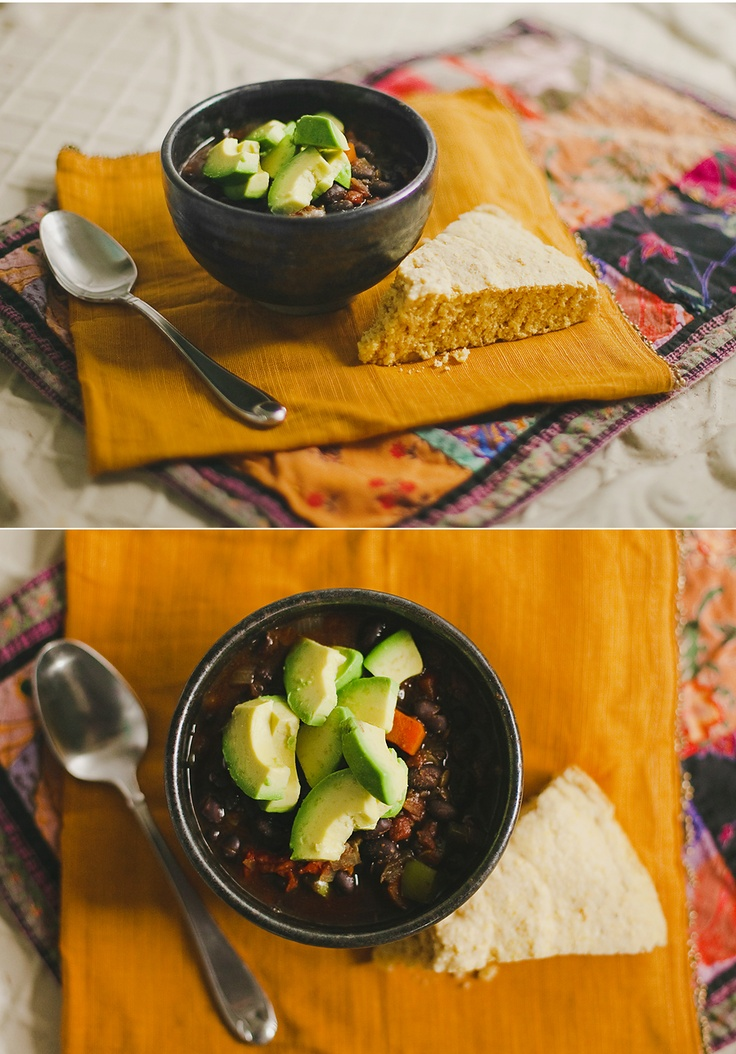 Black Bean Soup: Nomnom