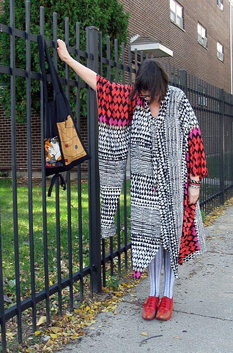 Started from Tina Givens Meri Dress pattern. Dress morphed as pattern failed. pao @ projectminima.blogspot.com