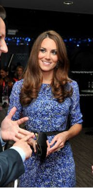 Who made Kate Middleton's blue floral print dress and black clutch handbag? Dress – Whistles  Purse – Anya Hindmarch