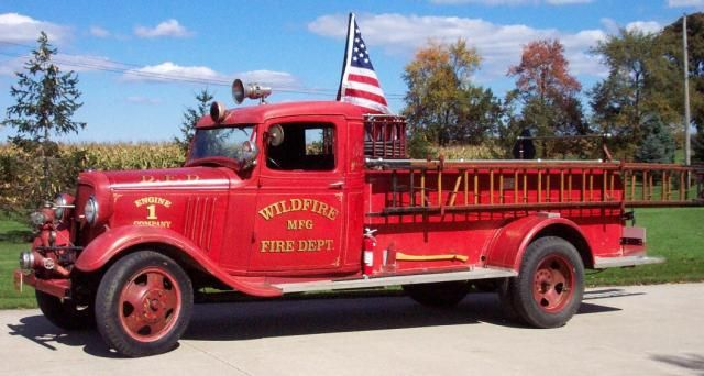 (Old Timer) 1934 Chevy Fire Truck