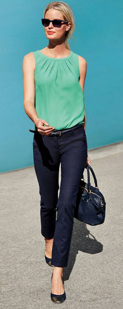 classy straight leg pants  http://rstyle.me/n/wkkcepdpe