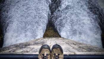 Sono poche le persone che pensano, però tutte vogliono giudicare. (Re Federico il Grande) https://blog.esserefelici.org/2016/09/12/guarda-oltre-il-giudizio-degli-altri-non-vale-niente/