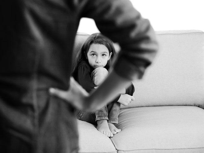 Mütter mit narzisstischer Persönlichkeitsstörung – woran man das erkennt, warum Töchter das häufig besonders stark trifft und die Folgen
