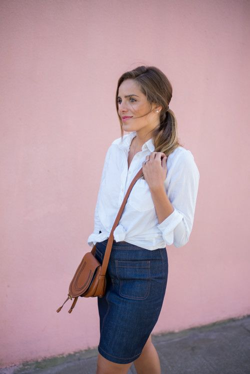 We love how blogger Gal Meets Glam styles her Gap white oxford shirt with a denim pencil skirt and crossbody. Shop our classic fitted boyfriend oxford to get this cool spring look.