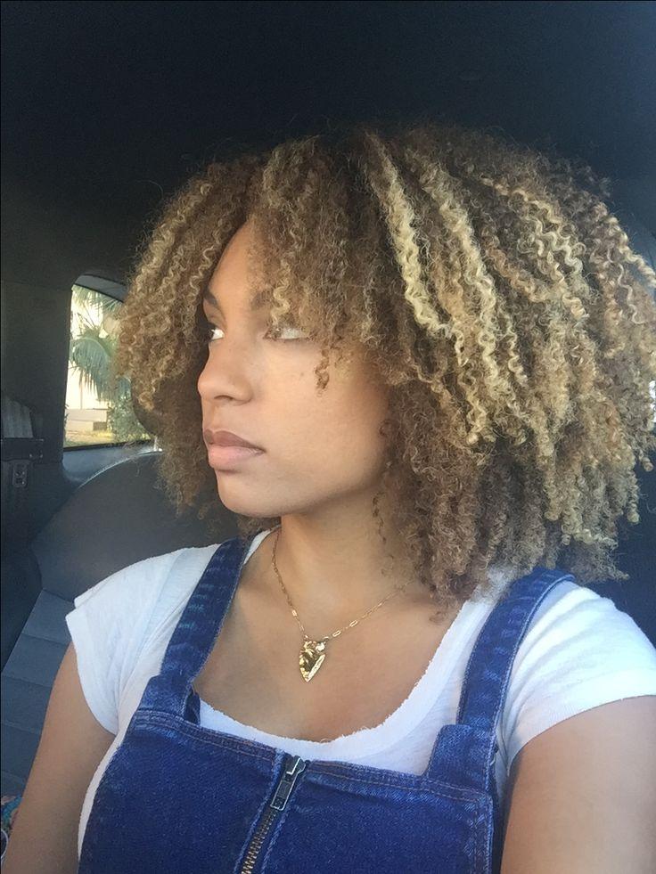 Thick Kinky Curly natural blonde highlights pintura hair biracial mixed hair 3c 4a devacut