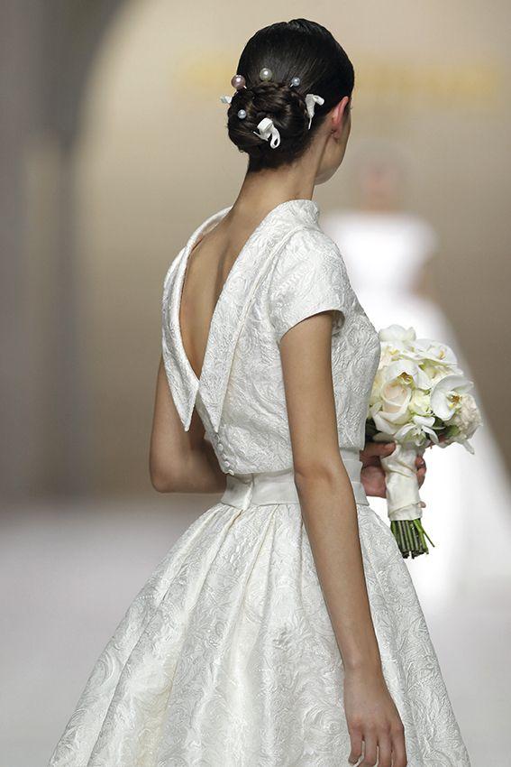 CEILA dress. Atelier Pronovias 2015.