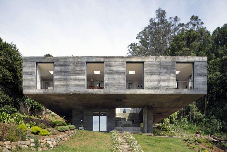 Pezo von Ellrichshausen - Project - Guna house