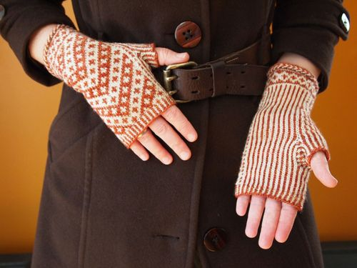 fingerless gloves: Knits Fingerless, Knits Gloves, Coffee Houses, Knits Crochet, Mittens Patterns, Burnt Orange, Chevron Knits, Crochet Knits, Mitts Patterns