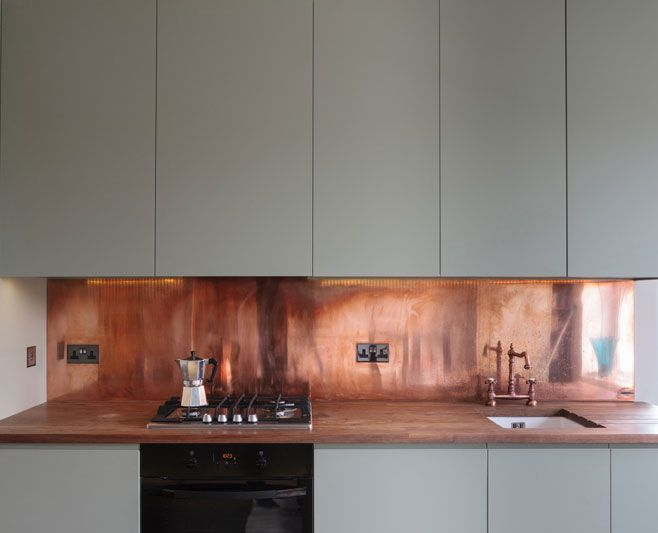 Splashback inspiration, Copper. Absolutely stunning against the grey cabinetry! - By www.ferrummetal.com
