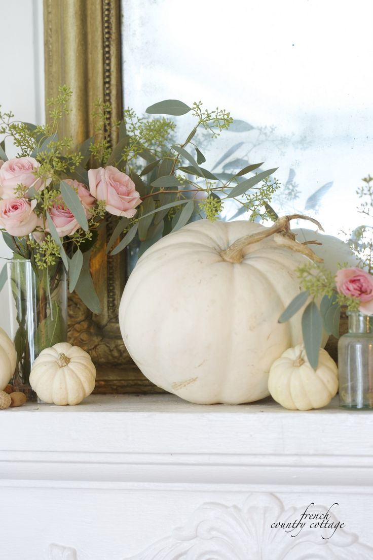 Courtney at french country cottage decorated the kitchen - Find This Pin And More On Courtney French Country Cottage