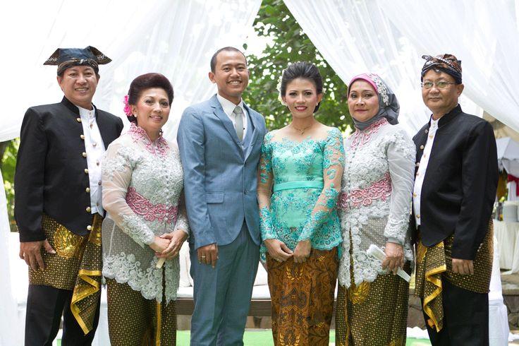 Picnic Wedding at Hidden Paradise Jakarta - the bride dept wedding picnic wedding hidden paradise