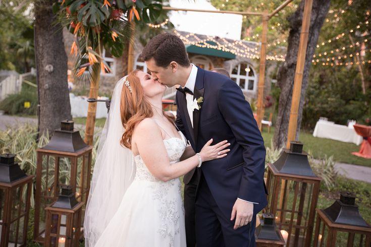The Women's Club of Coconut Grove // The Women's Club // Heather Funk Weddings // Coconut Grove // fairy lights // wedding couple // palm wedding