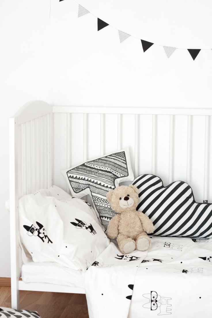 Monochrome nursery details, bedding from Frankie and Frenchie