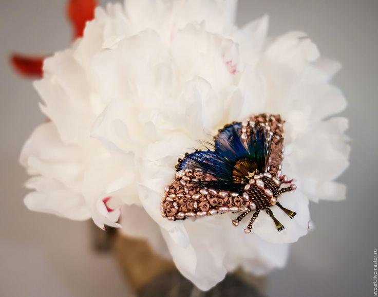 Купить Mokosh - бабочка, мотылек, эксклюзивная вышивка, брошь-бабочка, брошь-мотылек, вышитая бабочка