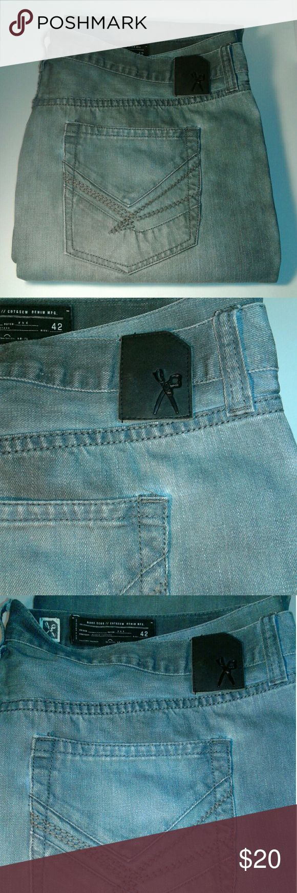 "MARCH ECKO/DEADLY THREADS MEN'S JEANS Size 42 In good condition  Diesel Look distressed jeans Jeans have a black like coloring,  no rips or tears... tiny amount of fraying at the hem... Please refer to pictures before purchasing,  the jeans are very nice,  but can be mistaken for being ""Dirty"" .... MARC ECHO Jeans Straight"