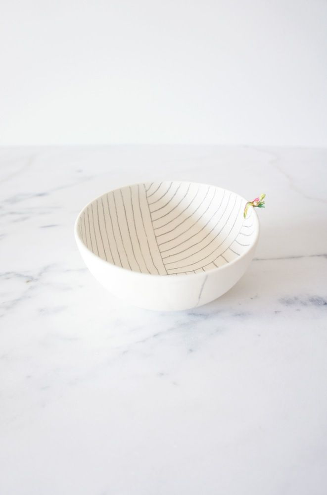 *each piece is HANDMADE AND UNIQUE and may present minor variations and irregularities *my ceramic pieces like to be treated with care, for that...