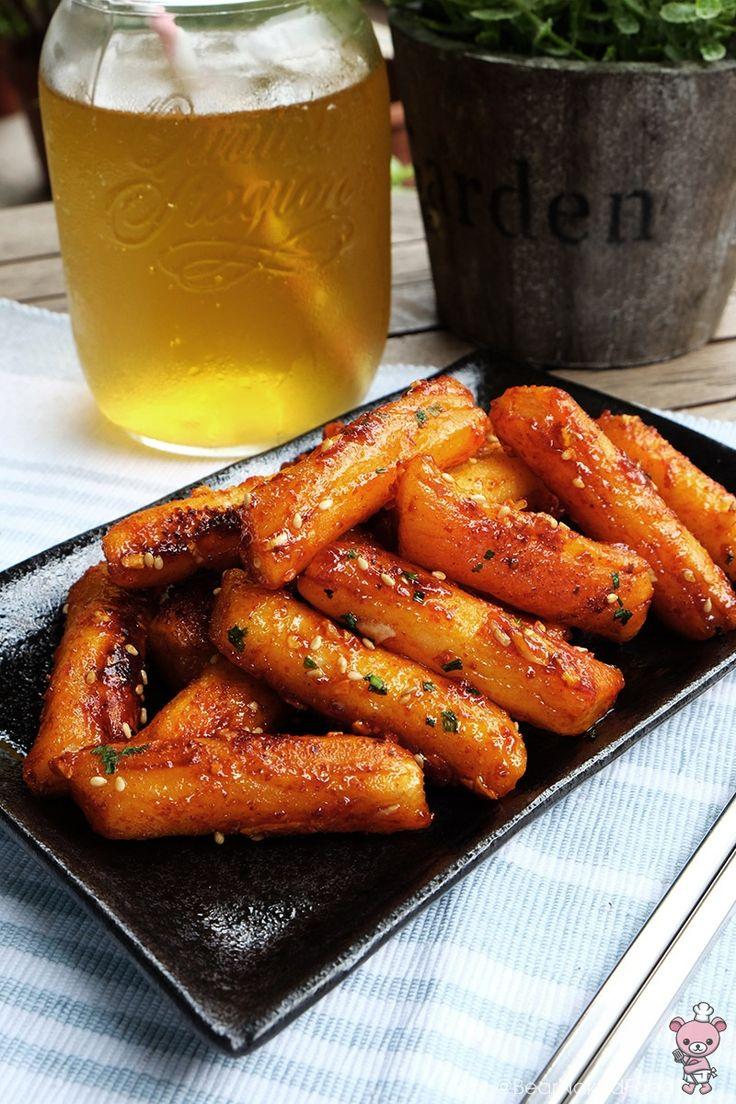 Crispy Pan Fried Ddeokbokki