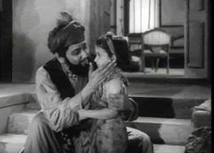 relationship of kabuliwala and mini