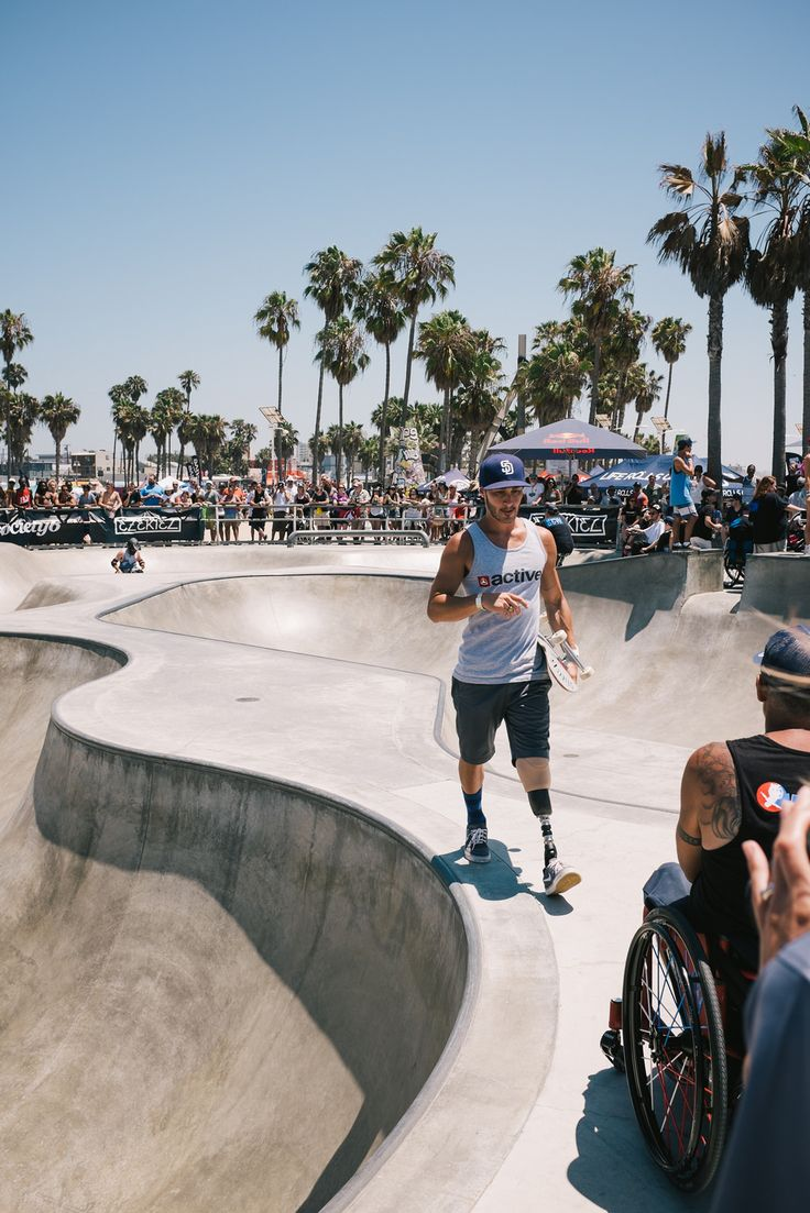 flickr_ Active Ride Shop - Cool young skater dude LBK amp - Venice Beach Skate Park - 2015 Mad respect!