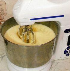 как приготовить белковый и заварной крем для торта или пирожных
