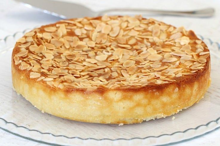 This Gluten-Free Lemon, Ricotta & Almond Cake is all kinds of delicious! Oh and it's super simple too! The perfect afternoon treat or decadent dessert...