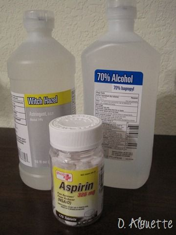 Prevent razor bumps. Mix together  5.5 oz rubbing alcohol 28-30 uncoated aspirin 2.5 oz witch hazel.