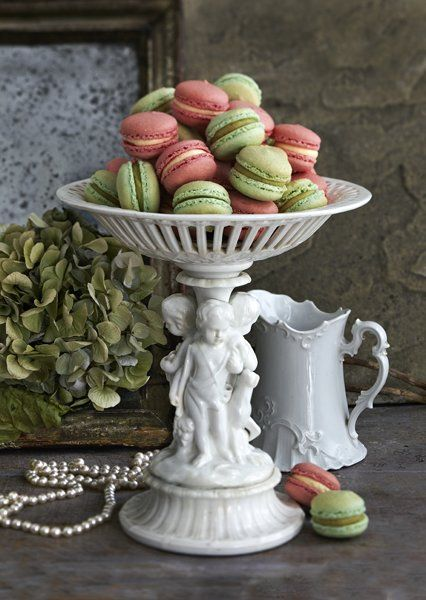 Macarons From London UK Macaroon Specialist Anges de Sucre | Anges de Sucre, lovely at a wedding