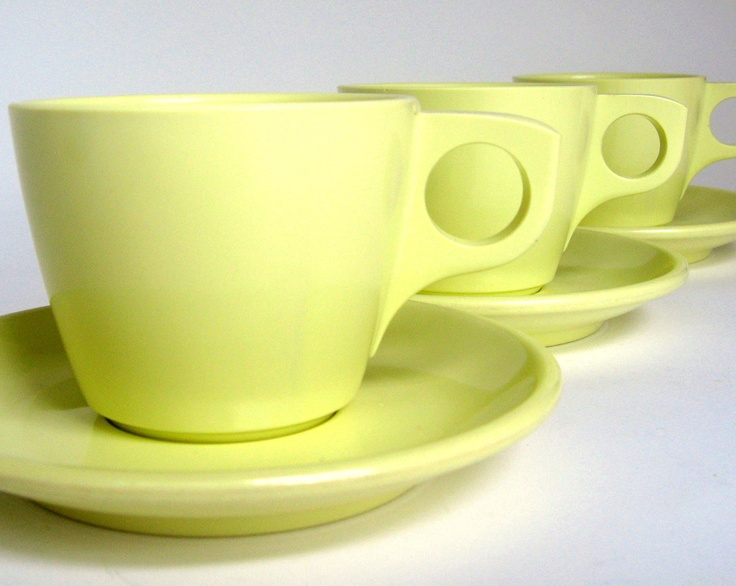 Vintage Melamine Cups u0026 Saucers 6 Boontonware Yellow Boonton Melmac Dishes & 56 best melamine images on Pinterest | Dishes Dinnerware and Dish