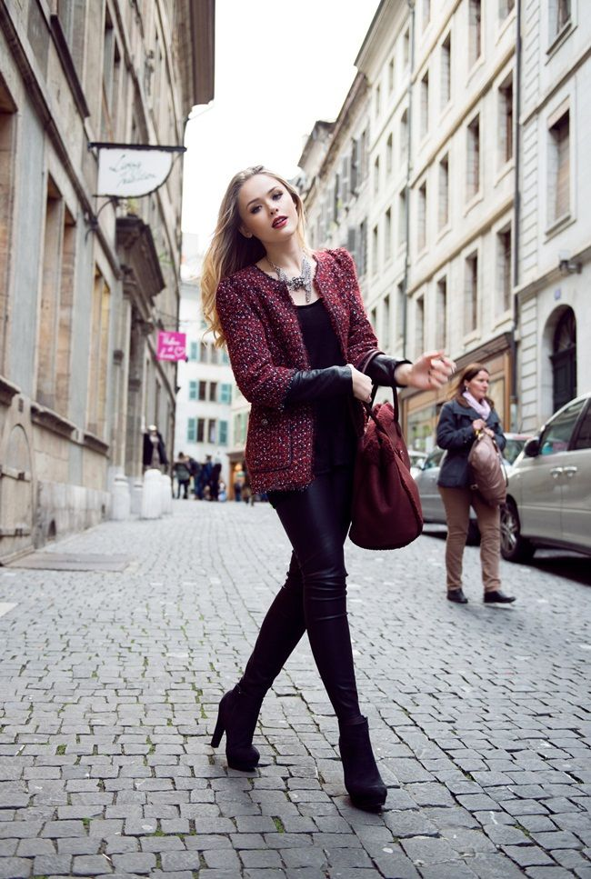 classic outfit with tweed blazer anf boots