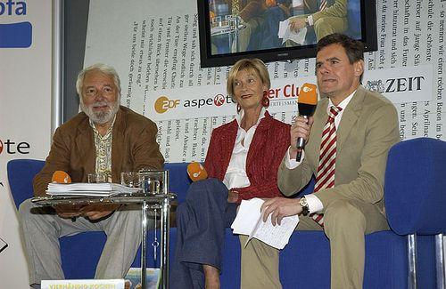 Barbara und Wolfram Siebeck auf dem Blauen Sofa