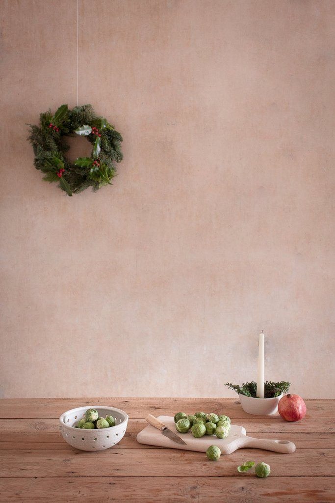 INGREDIENTS LDN Christmas Brussel sports and wooden chopping board