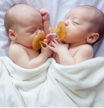Natursutten are the #1 selling natural rubber pacifiers. Made with 100% natural rubber in Italy. No harmful chemicals.