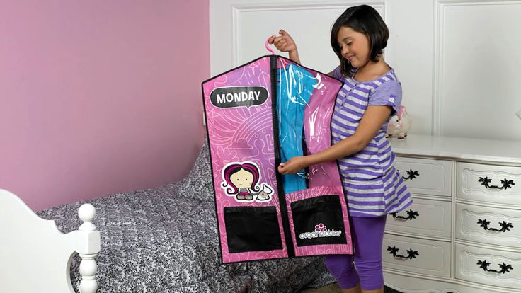 Kid dress themselves, and you're out the door and on the way to school in 10 minutes!  Keep kids organized with Organizables.  *Shown Girls Weekday Deluxe Set: Clothing Organizations, Features Videos, Kids Dresses, Schools Clothing, Organiz Features, Outfit Ready, Kids Schools, Children Clothing, Kids Organizations