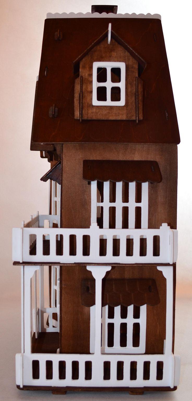 Domek dla lalek - Gotycki w kolorze teak i bieli