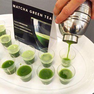 ¿Qué es? El matcha es un polvo fino y verde procedente de las hojas del té (matcha significa té en polvo), que se cubren antes de la cosecha (para...