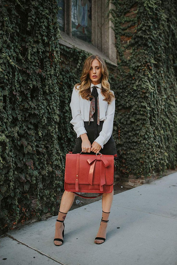 Photo of 10 Vegan Briefcase Brands To Take To Work