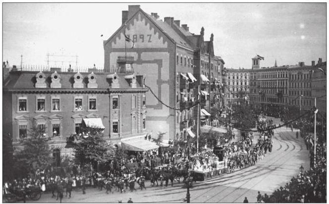 200 Jahre Gesundbrunnen Feierlichkeiten Badstrasse Ecke Koloniestrasse,auf dem Festwagen eine Figur Koenigin Luises