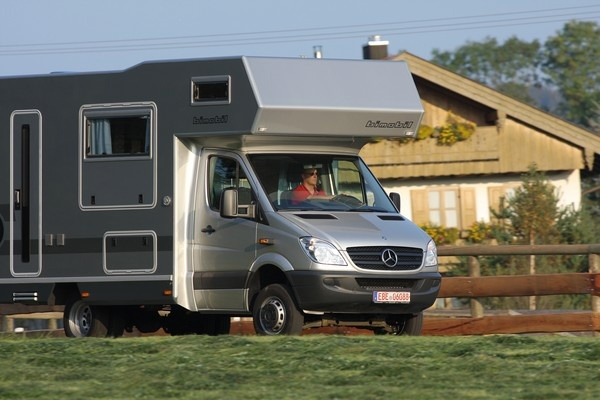 Bimobil hd 420 an alcove class c camper built on a for Mercedes benz sprinter chassis motorhomes