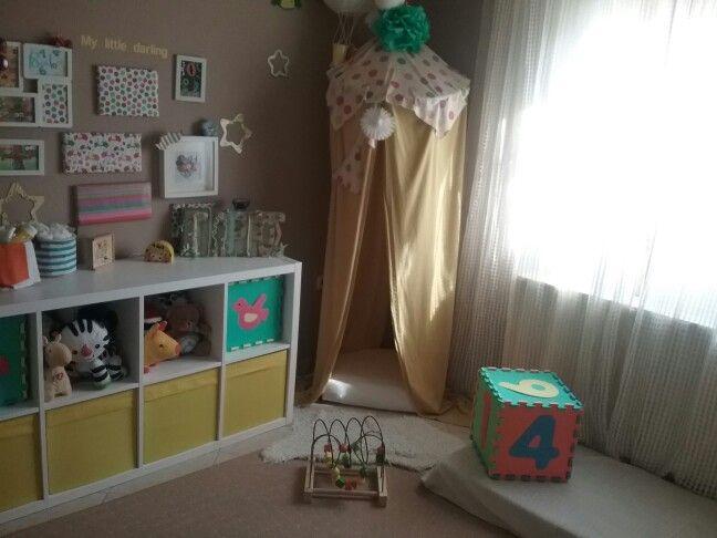 Το δωμάτιό μας!!Play tent with hoola hoop, made by me!!
