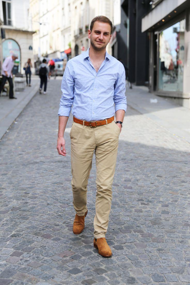 Paul, membre de l'équipe BonneGueule, a choisit un look décontracté mais avec une attention portée sur les couleurs de saison. On retrouve une chemise bleu ciel assortie à un pantalon beige qui rappel que c'est l'été. La ceinture faisant échos aux chelsea boots est du plus bel effet. Paul apporte sa touche de decontraction et bonne humeur !
