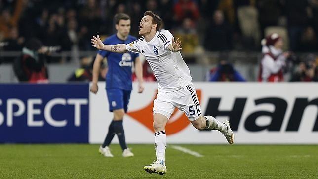 Piękny gol Vitorino Antunesa w spotkaniu Ligi Europejskiej • Dynamo Kijów vs Everton • Antunes ukuł z dystansu • Wejdź i zobacz >>