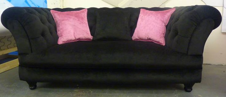 17 best images about elizabeth chesterfield sofa on. Black Bedroom Furniture Sets. Home Design Ideas